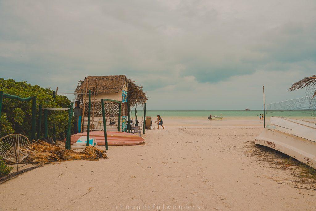 Isla Holbox beach road